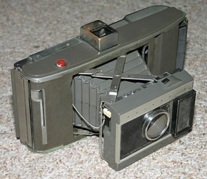 """Polaroid Land Camera Model J66"" by en:User:Cburnett - Own work. Licensed under CC BY-SA 3.0 via Commons - https://commons.wikimedia.org/wiki/File:Polaroid_Land_Camera_Model_J66.jpg#/media/File:Polaroid_Land_Camera_Model_J66.jpg"