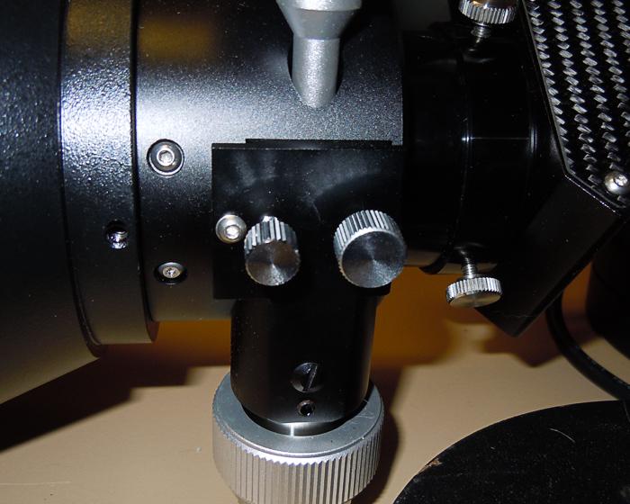 Explore Scientific AR127 focuser knobs
